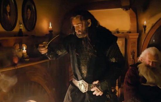 Les nains entonnent en coeur la chanson Misty mountain dans le film The Hobbit